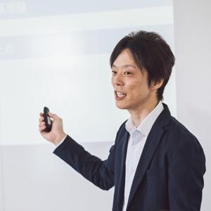 商学部経営学科・川合宏之准教授
