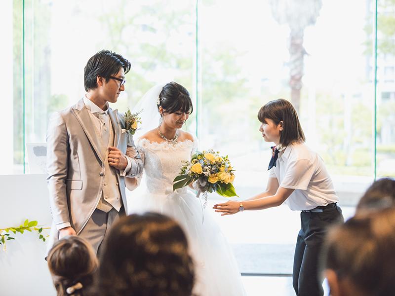 笑顔と感動の結婚式!達成感と安堵感で学生たちも涙