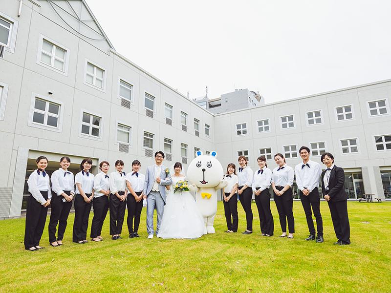 大学で結婚式
