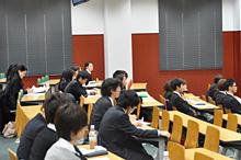 ゼミ対抗企画「神戸の魅力再発見」最終報告会のサムネイル