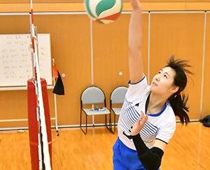 女子バレー部 飯倉さん 国体大分県選抜チームに選出のサムネイル
