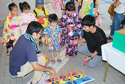 2018年学園こども夏祭り 学生約100名が運営に参加のサムネイル