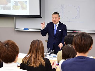 「現代の名工」檜山 和司氏にご講義いただきましたのサムネイル