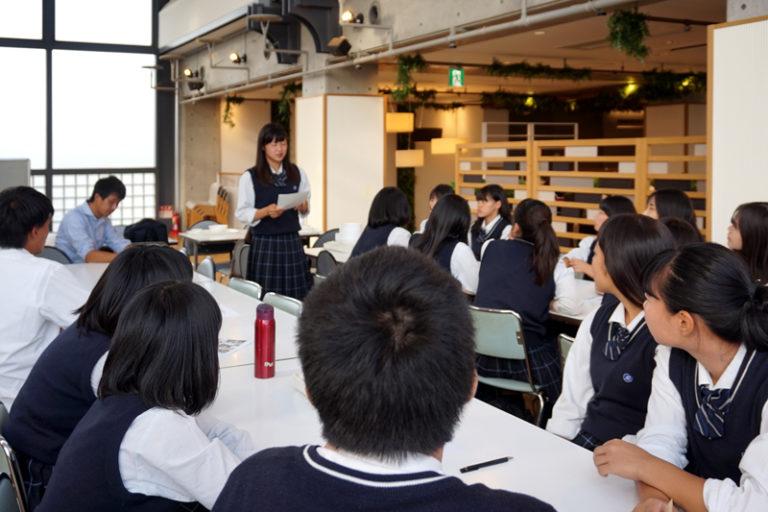 本学教員が徹底指導! 明石商業高校生が地元特産品で新商品開発のサムネイル