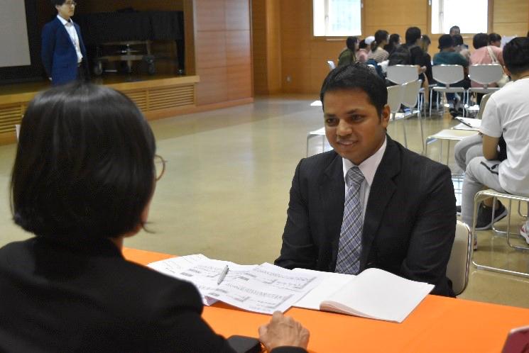 兵庫で就職したい留学生のための合同企業説明会~流通科学大学×みなと銀行~のサムネイル