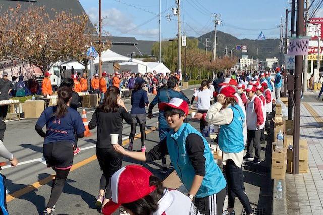 【人間社会学部 山口志郎ゼミ】 マラソンイベントを通じてスポーツマーケティングを学ぶのサムネイル