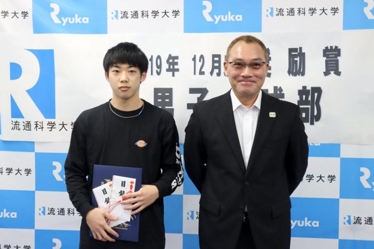 関西代表選手として出場決定!男子卓球部・米本駿也さんが12月度奨励賞を受賞!のサムネイル