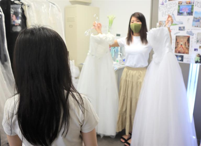 キャンパスウェディングまで約1カ月。新郎新婦と初顔合わせ&衣装決定!のサムネイル