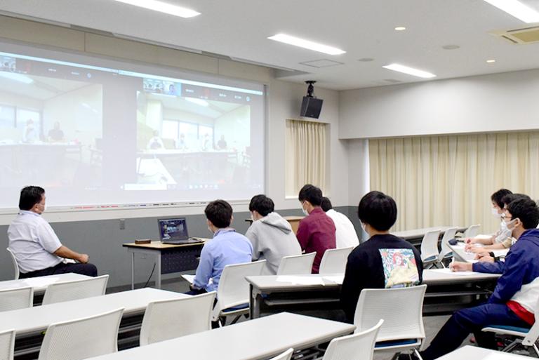 結果はいかに!? 辻本ゼミの学生が『神戸の海を活用したビジネスアイデア』をプレゼンのサムネイル