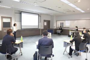 経営者も驚く成長!学生起業家たちの起業報告&相談会を実施