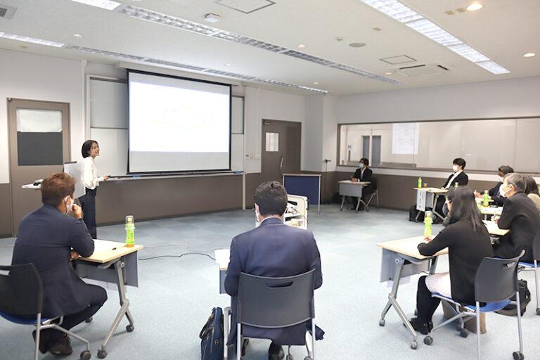 経営者も驚く成長!学生起業家たちの起業報告&相談会を実施のサムネイル