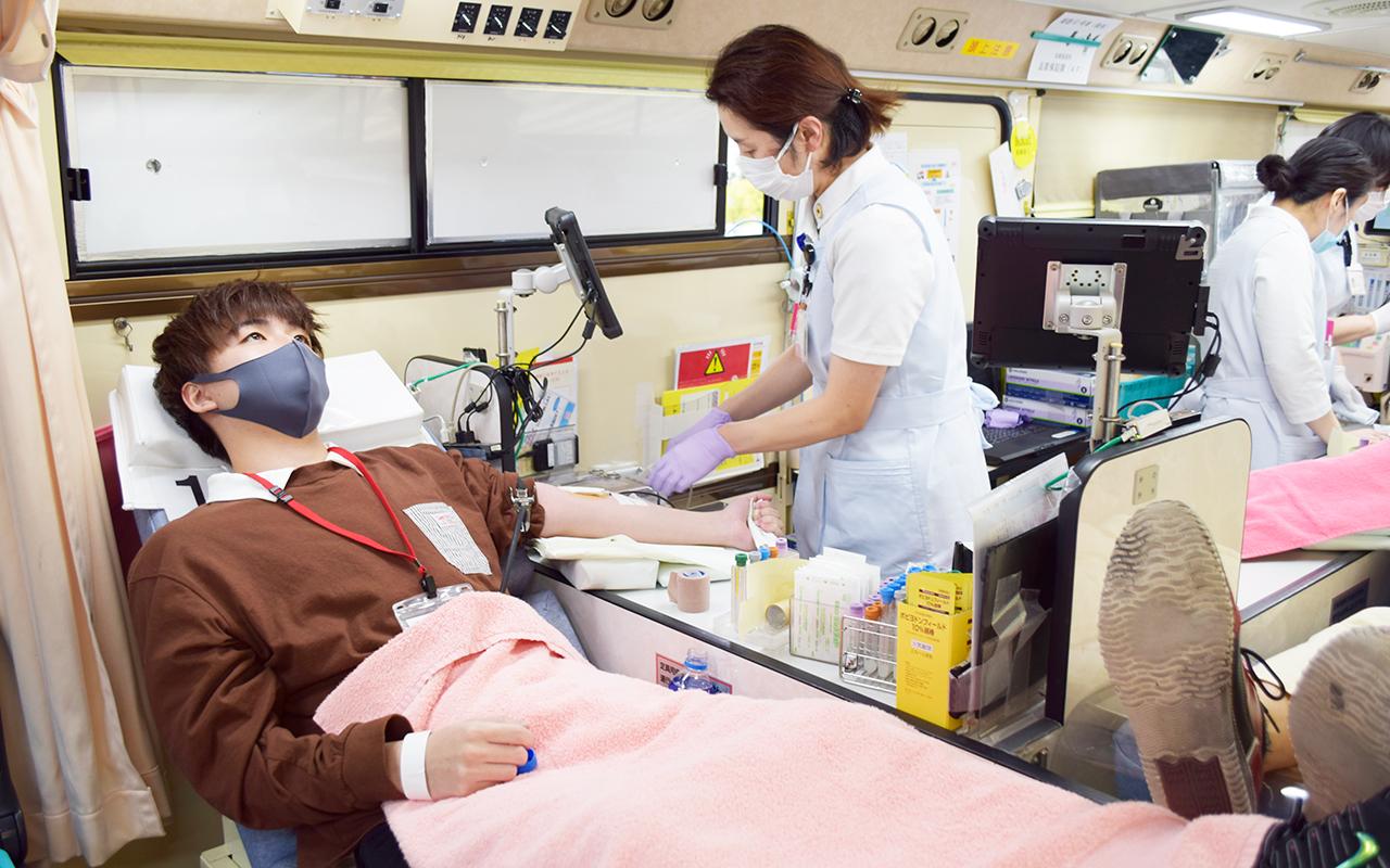 流通科学大学 献血中