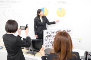 羽藤ゼミの学生が【瀬戸内カレッジ】成果報告会に向け、動画を制作中!