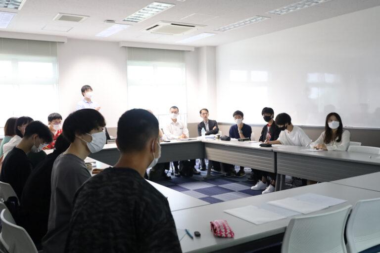 村尾ゼミの学生が、新聞への興味喚起や読者獲得のアイデアを神戸新聞社へ提案のサムネイル