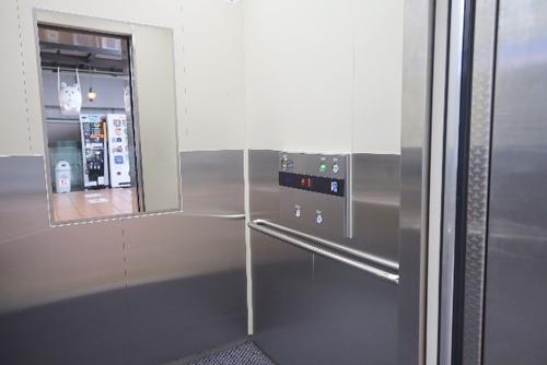 レストラン エレベーター